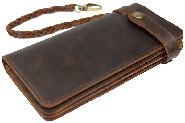 Elegant Wallets With Chains