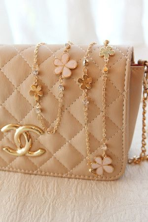Lovely Purses Online